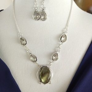 Labradorite white topaz necklace and earrings set